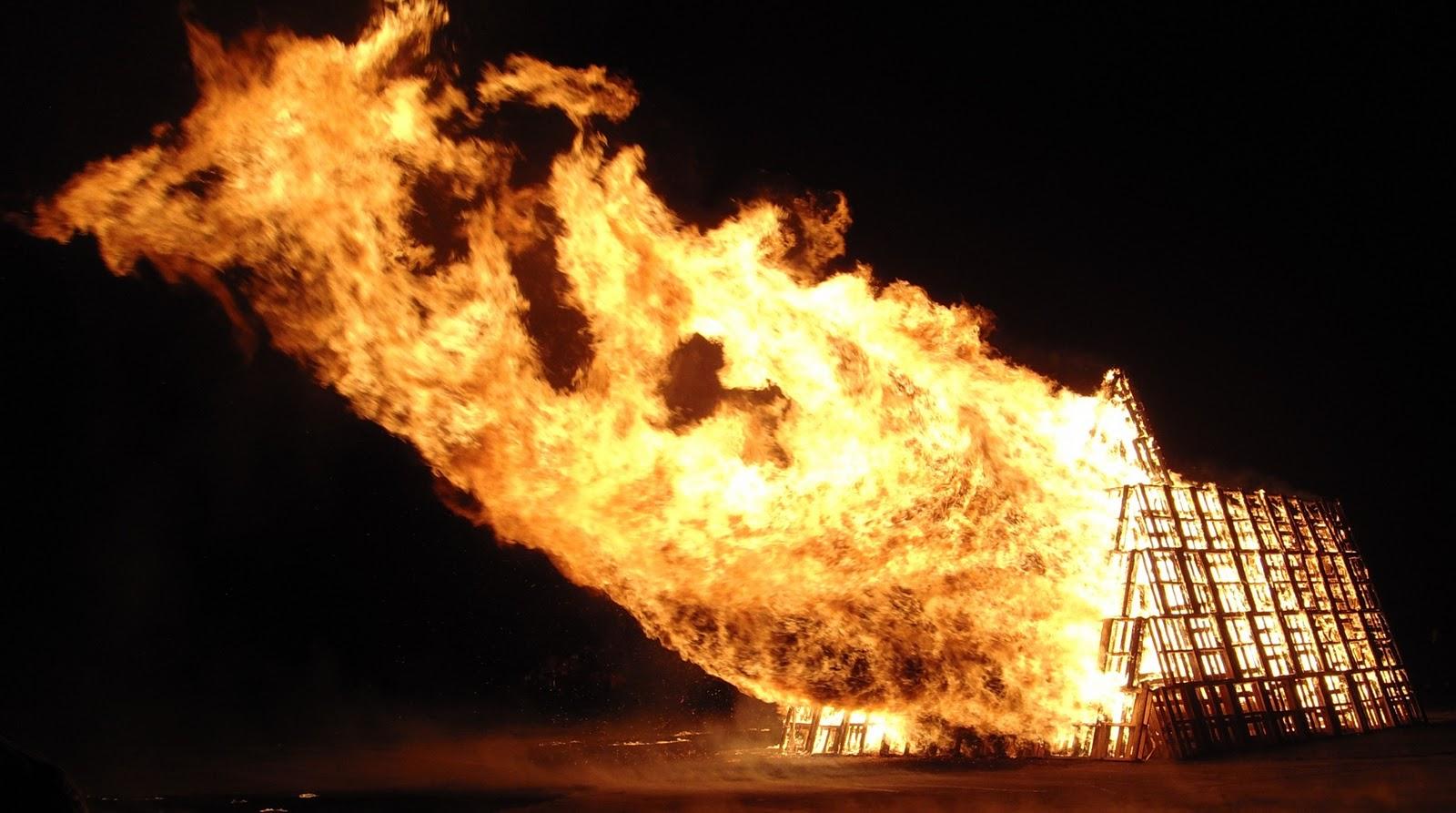 Pallet Bonfire